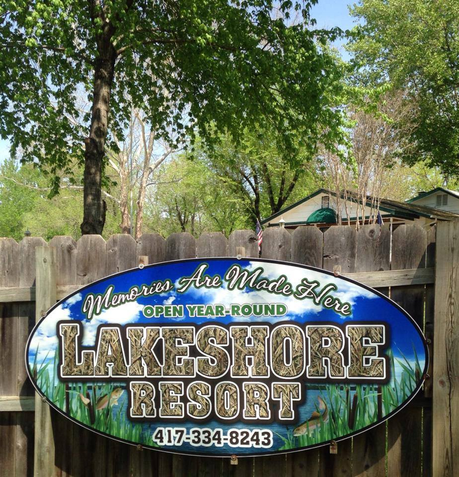 Lakeshore Resort